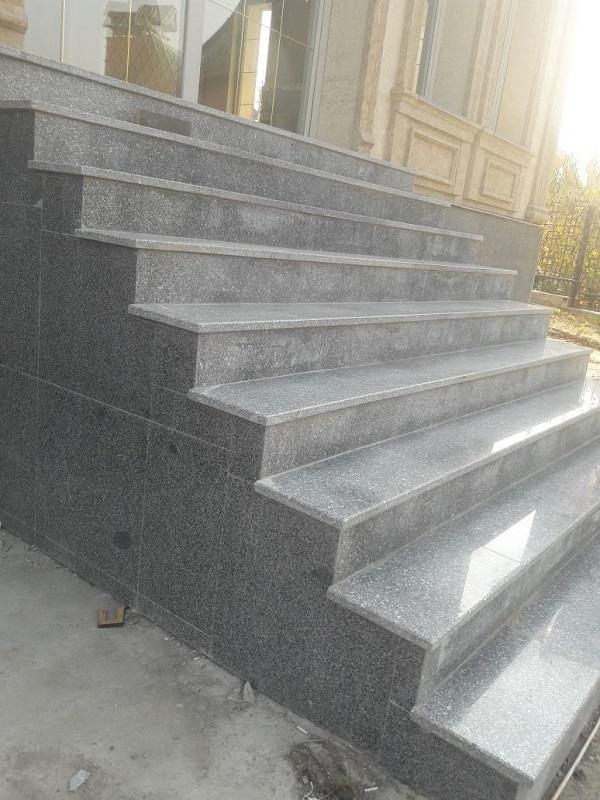 Лестница из гранита в Алматы